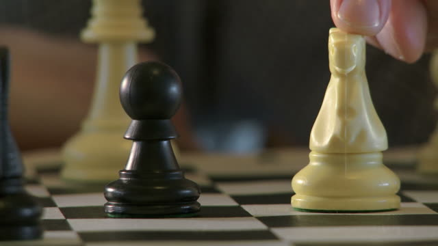 Chess 07 Moving video