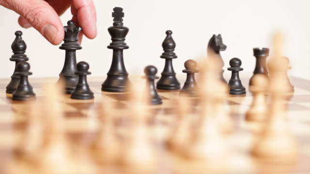 chess master video