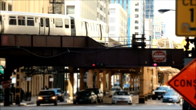 chicago commuting video
