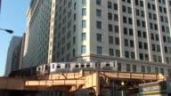 Chicago - El train passes through video