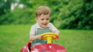 Child playing  of drive video