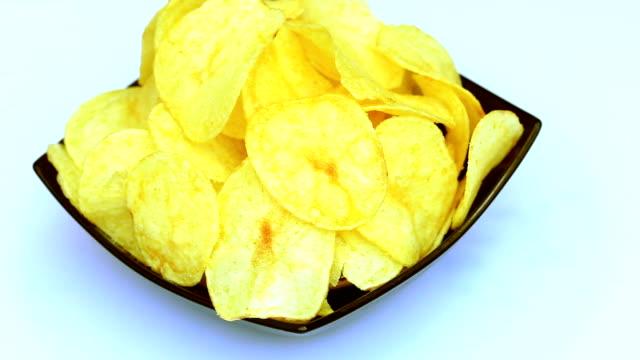 Chips macro video