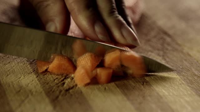 chopping carrots video