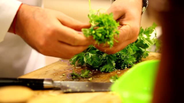 chopping parsley video