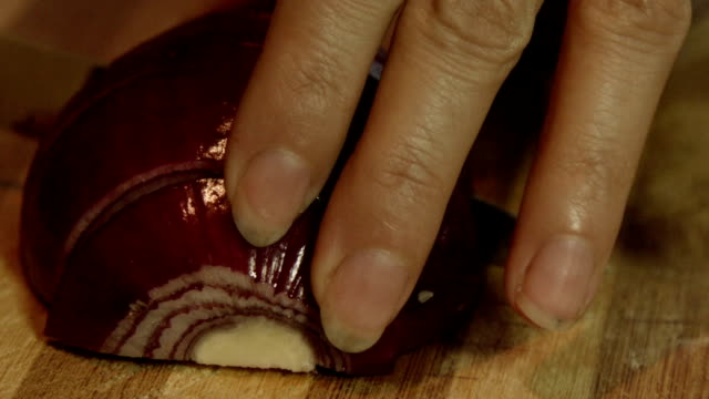 Chopping red onions video