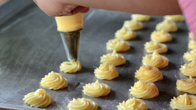 Choux Cream video