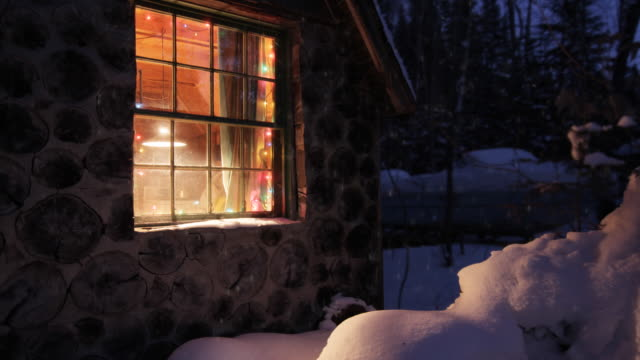 christmas house and snow video
