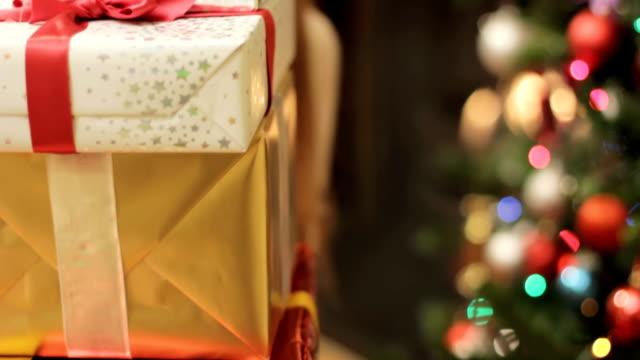 Christmas peek video