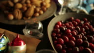 Christmas table    CH video