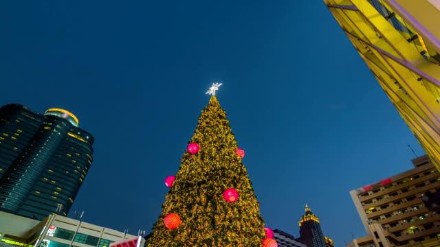 Christmas tree in the shopping center,Tilt down shot video