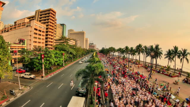City Pedestrian Traffic Time Lapse Manila Zoom HDR video