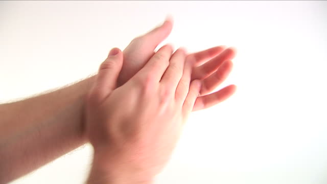 Clapping HD 1080i video