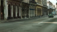 Classic american cars and beautiful architecture of Havana video