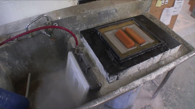 Clay Mold Finishing 02 video