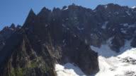 climbing to Aiguille du Midi video