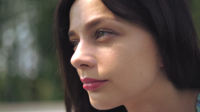 Close up face of a girl who thinks video