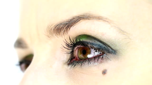 Close-up of a hazel eyes video