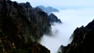 Cloud waves in the Huangshan Mountain video