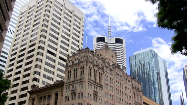 Clouds and skyscrapers, Brisbane timelapse video