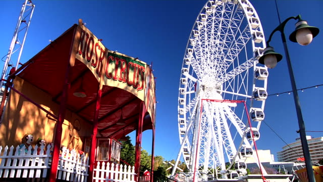 Clowns, Tent and Big Wheel video