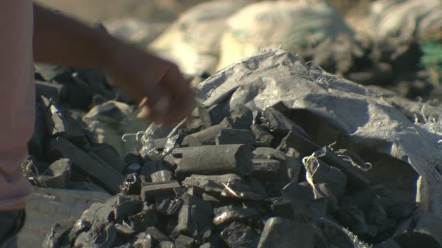 Coal market. video