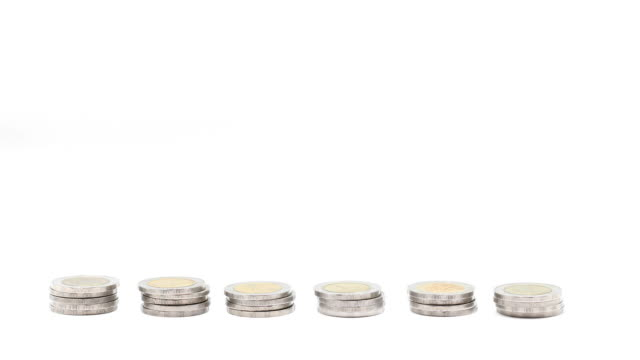Coins Piling Up video