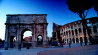 Colosseum and the Arch of Constantine,time lapse video