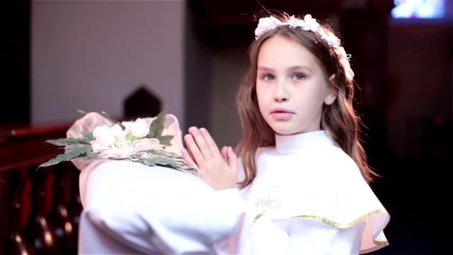 Communion girl video