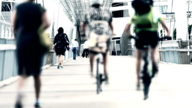 TIME LAPSE: Commuters and cyclists on the bridge video