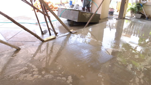 construction house cement flooring video