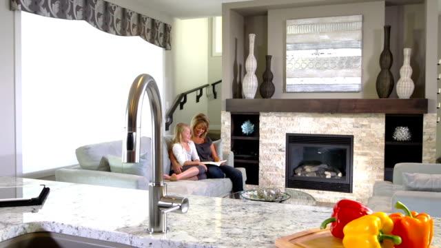 Contemporary Decor, Home Interior video