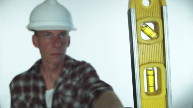 HD: Contractor's level video