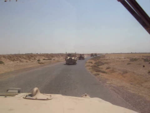Convoy of US Army Humvees in Northern Iraq video