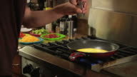 cooking eggs and veggies video