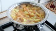 cooking pelmeni video
