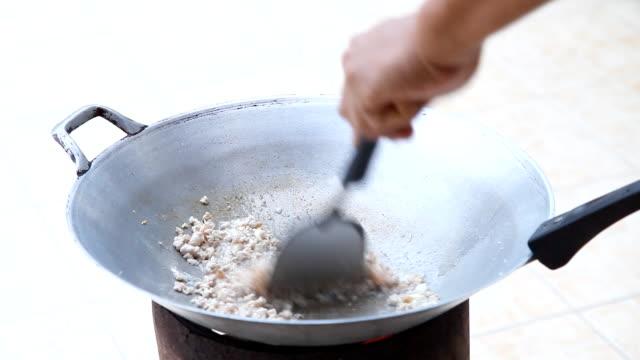 Cooking Stir fried pork video