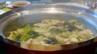Cooking suki in a pot of suki video