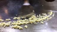 Cooking teppanyaki by adding Thai cuisine. video