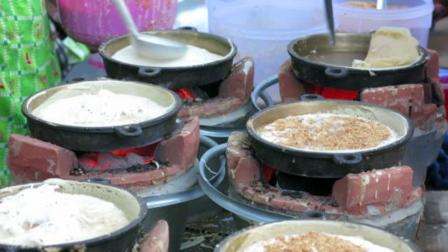 Cooking Thai dessert video