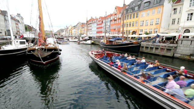 Copenhagen pleasure boat video