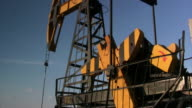 Counterweight. Oil well video