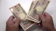 Counting Japanese Yen video