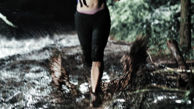 TD Couple competing in a trail run at night video
