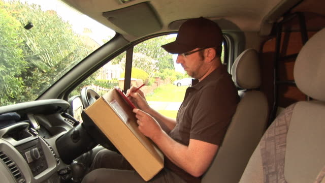 Courier / Delivery man in Van2 - HD & PAL video