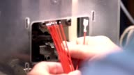Crimp wires. Gilzovanie wires. Electronics manufacturing video