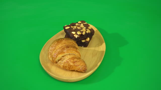 croissant and brownies video
