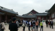 Crowded people at Gyeongbokgung Palace in Korea video