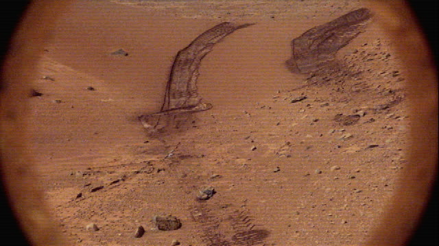 NASA Curiosity Rover Filming the Surface of Mars with Glitches and Noise - Illustration video