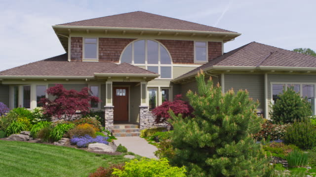 Custom home exterior, jib up video
