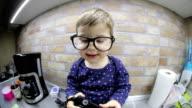 Cutest nerdy photographer video